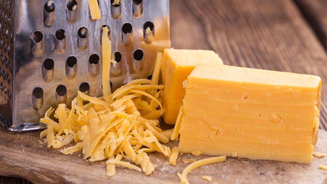 shredded cheddar cheese