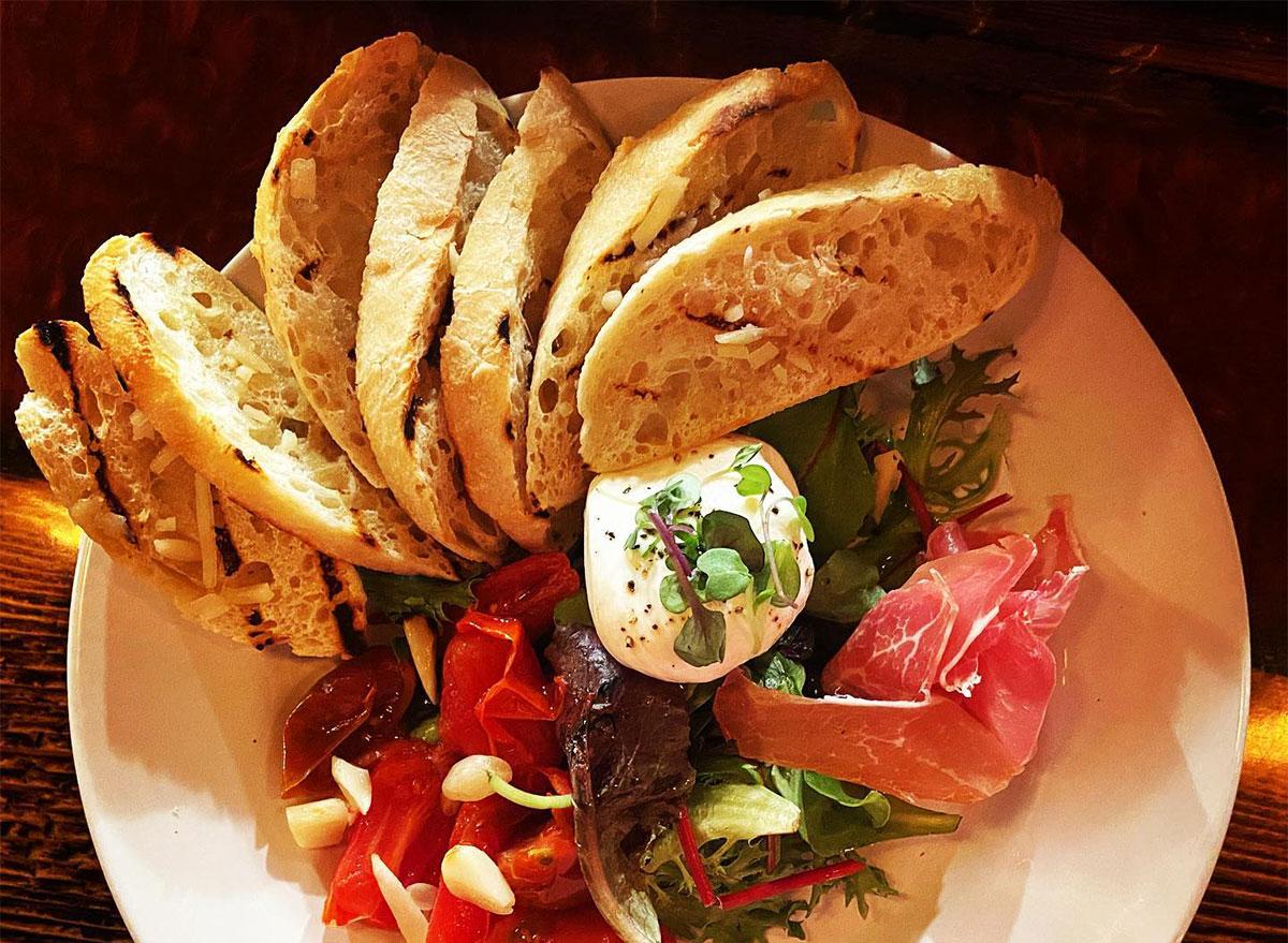 toast slices with burrata