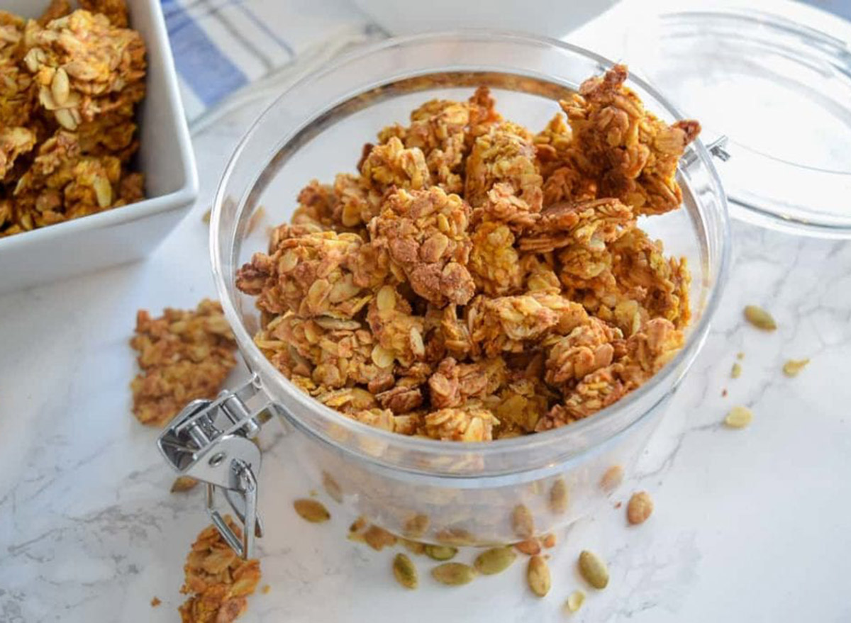 peanut butter garnola