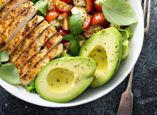avocado caprese lunch bowl chicken tomatoes pesto