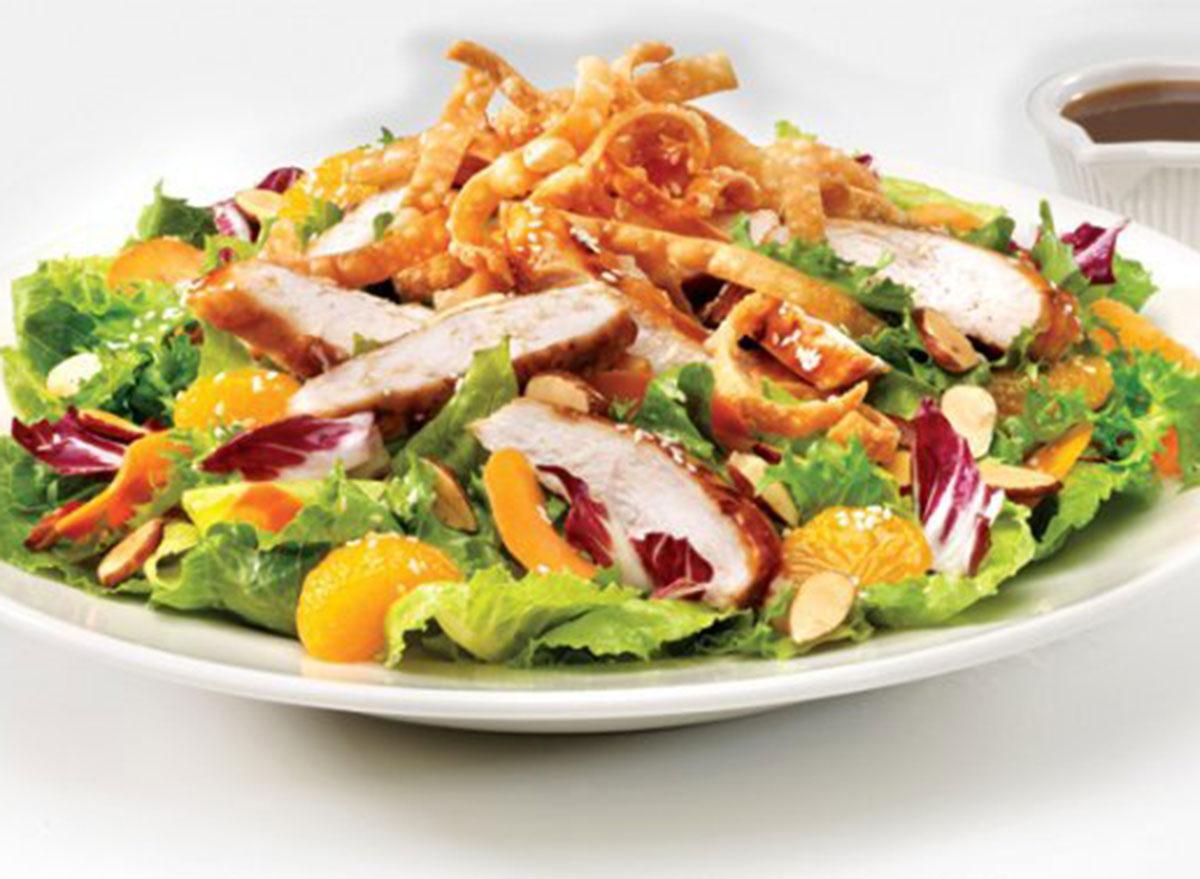 friendlys asian chicken salad
