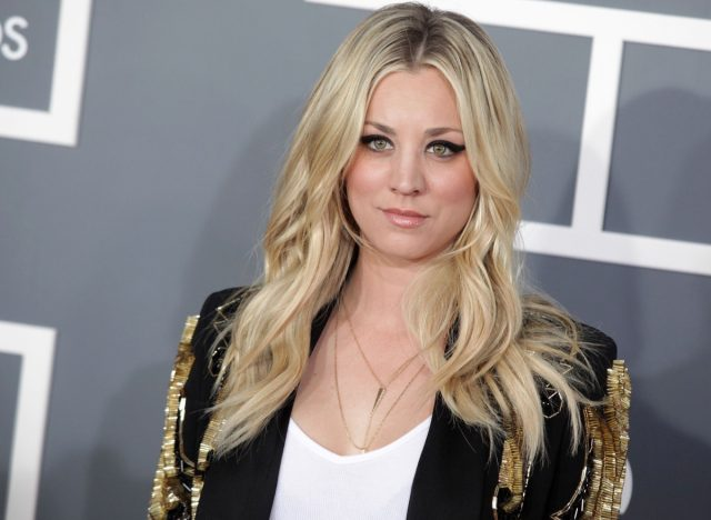 kaley cuoco in black jacket on red carpet