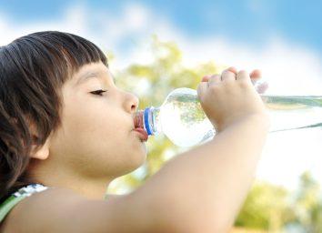 water, water bottle