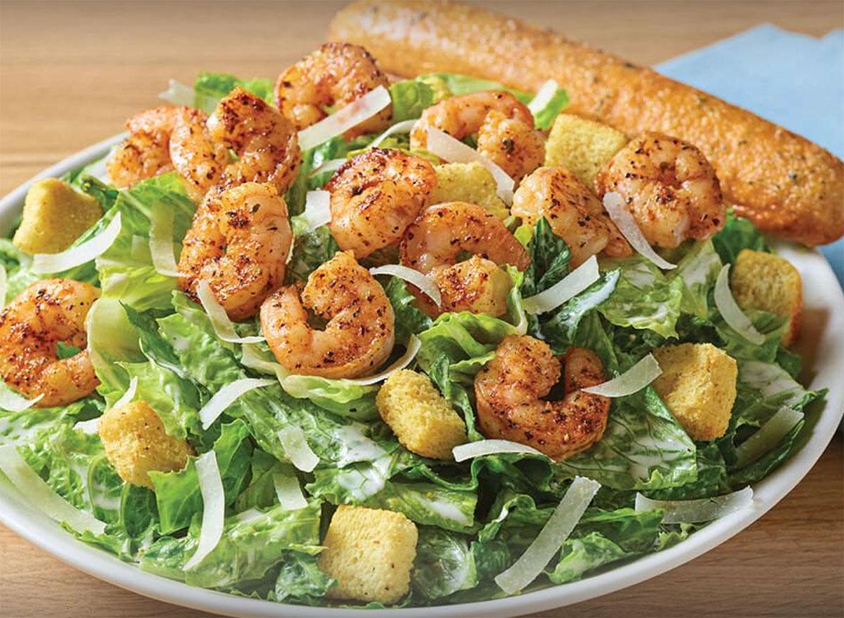 applebees blackened shrimp caesar salad