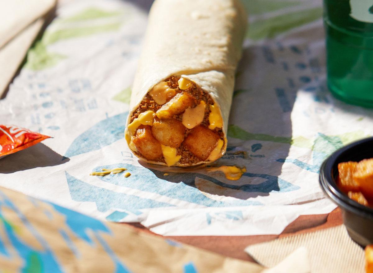 beefy potato-rito taco bell