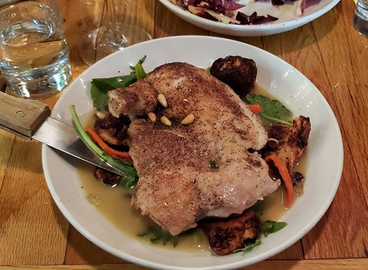 roast chicken with carrots and lettuce