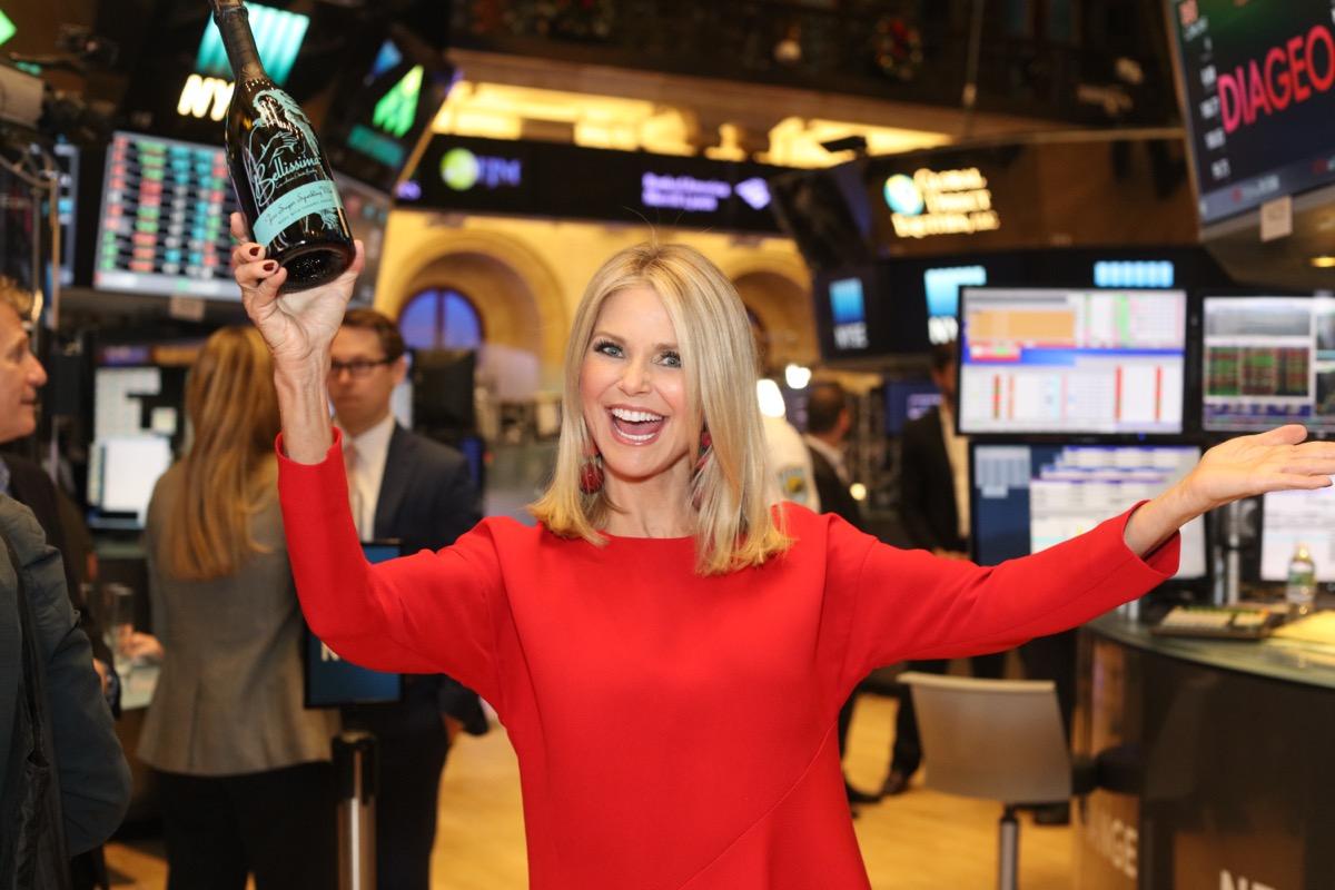 christie brinkley holding wine