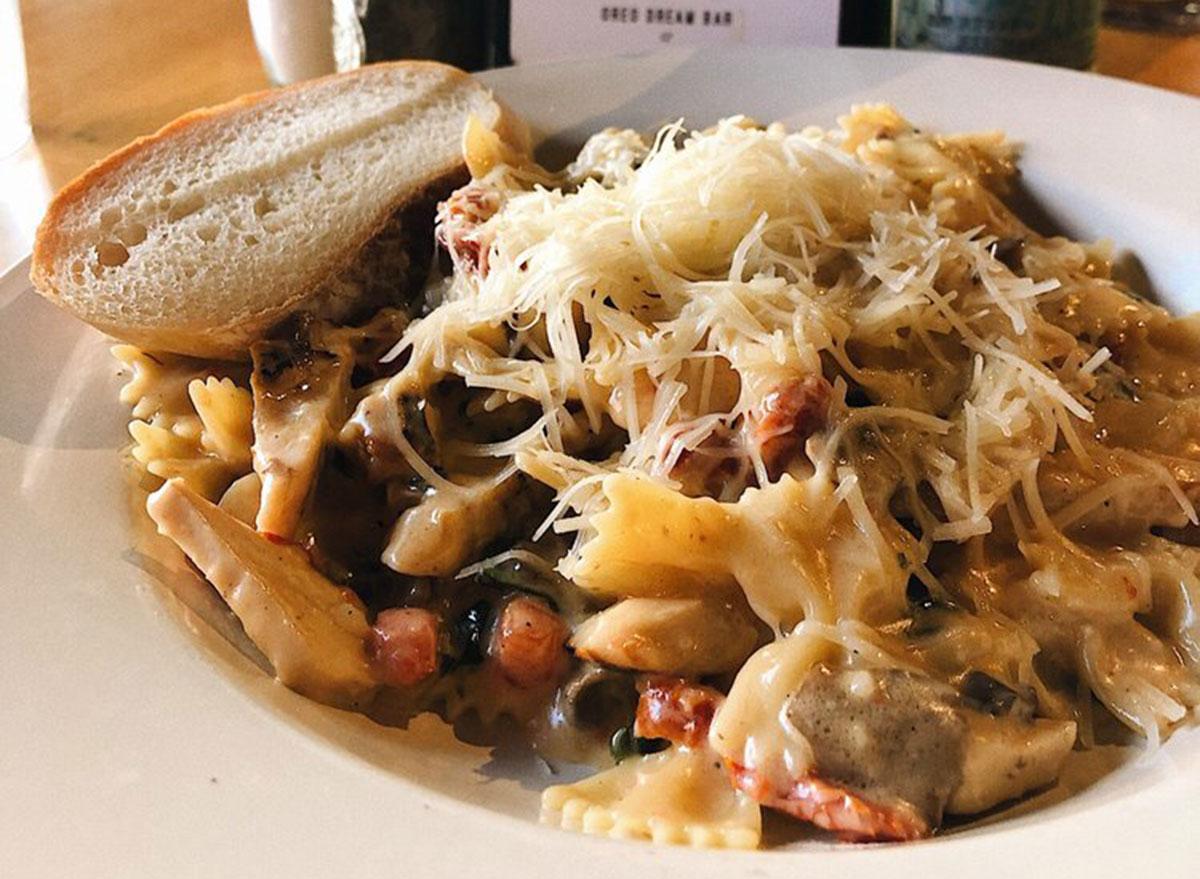 illinois the pasta bowl