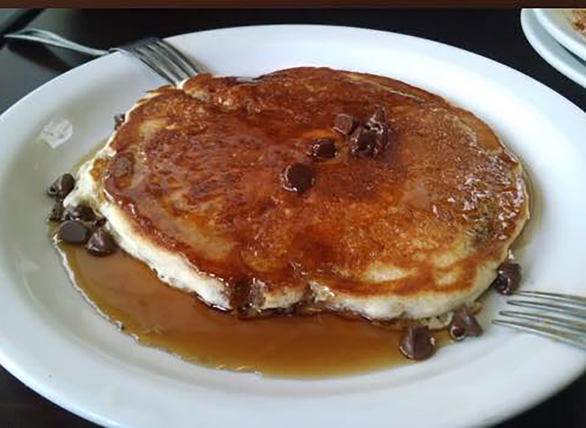 pancake with chocolate chips