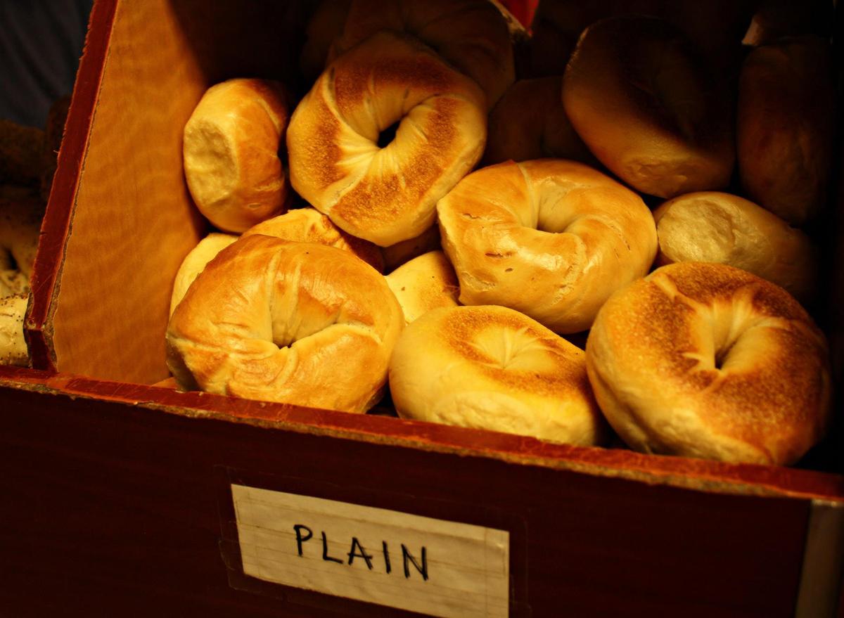 plain bagels in display case