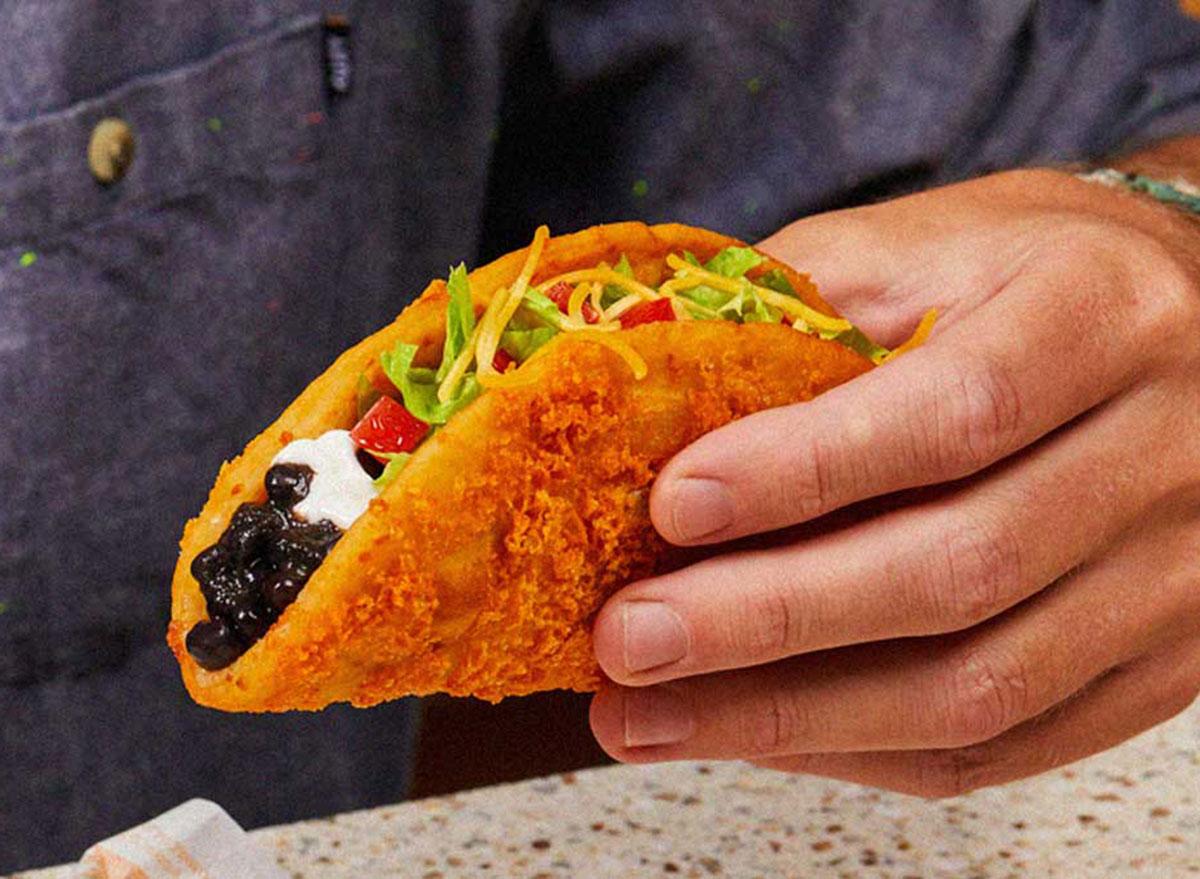 taco bell black bean chalupa