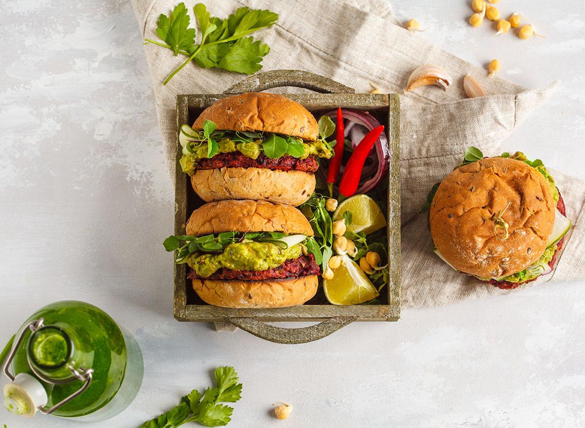 veggie burger guacamole