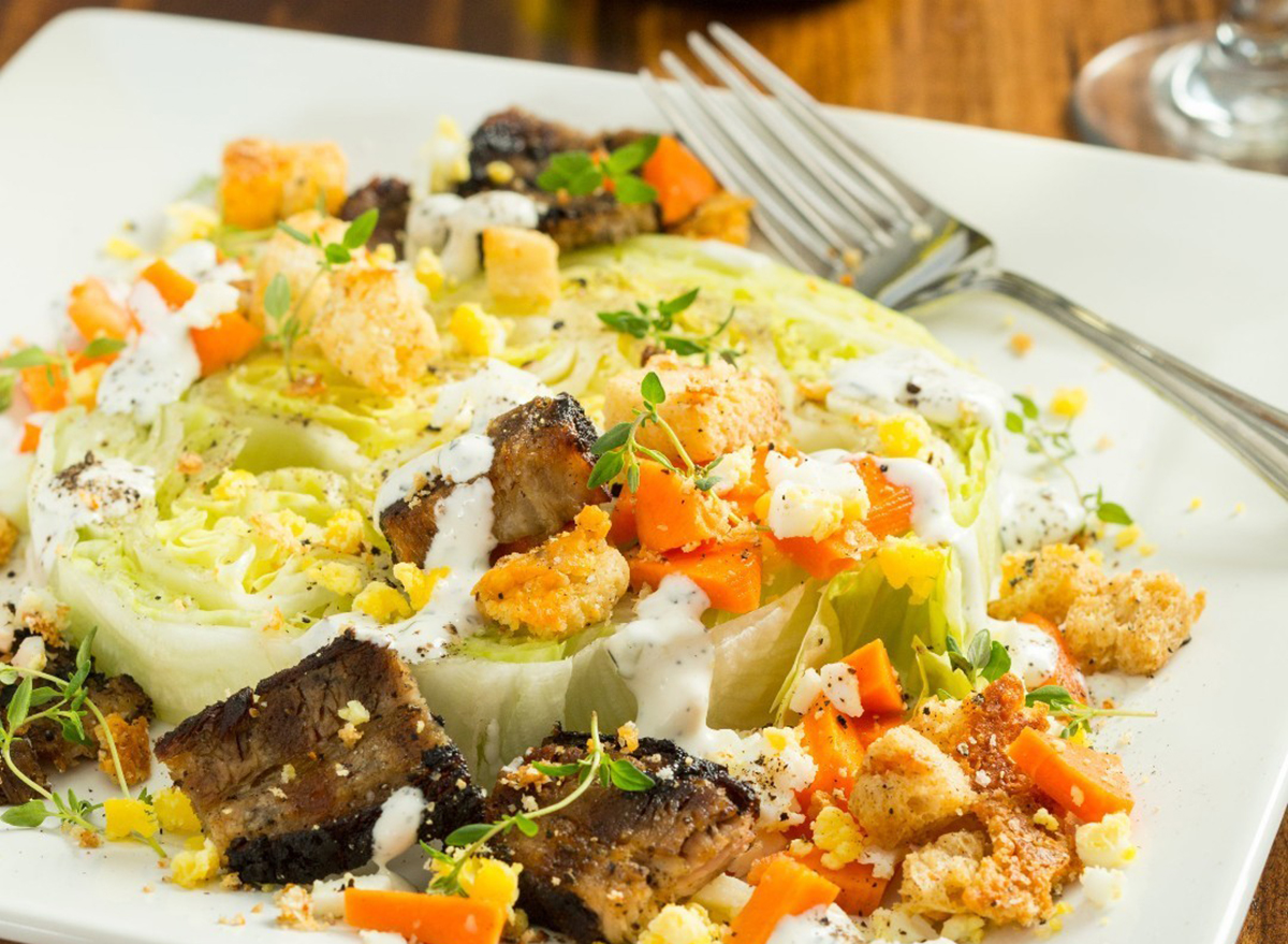 wedge salad with steak and blue cheese