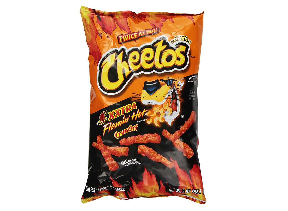 cheetos xxtra flamin hot crunchy