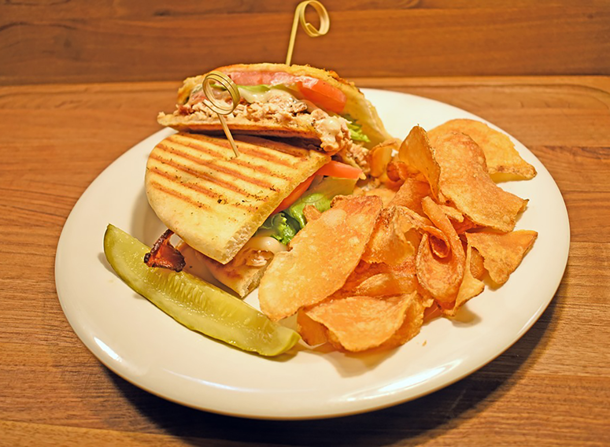 chicken chipotle panini with chips and pickle