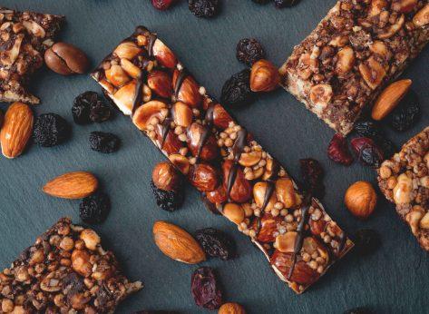 fruit nut granola bar