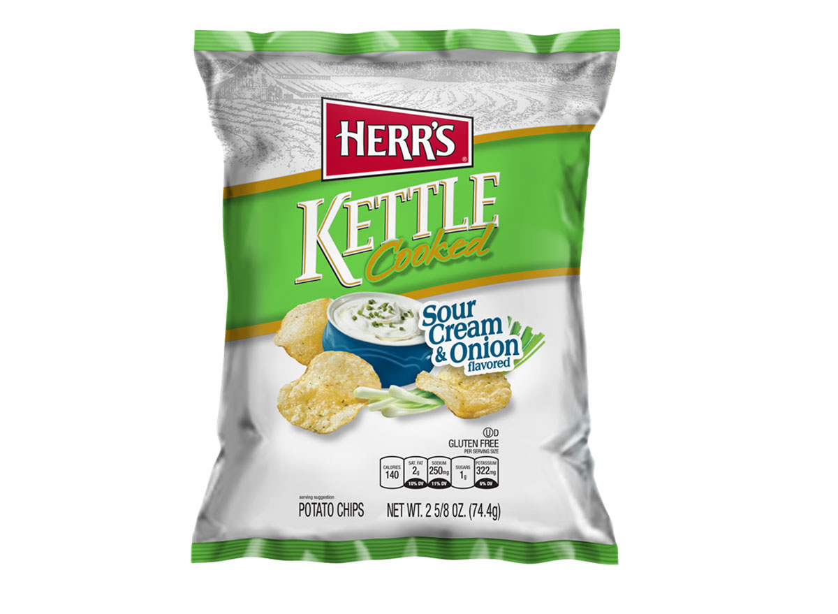 herrs kettle cooked sour cream onion
