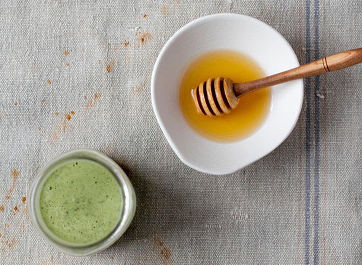 kale ginger detox smoothie