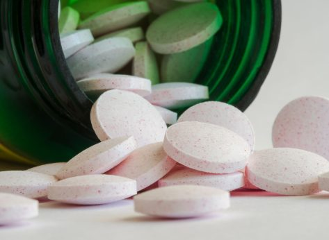 Best Supplements for Reducing Inflammation, Say Dietitians