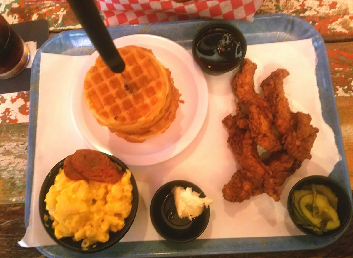chicken and mini waffles with mac and cheese