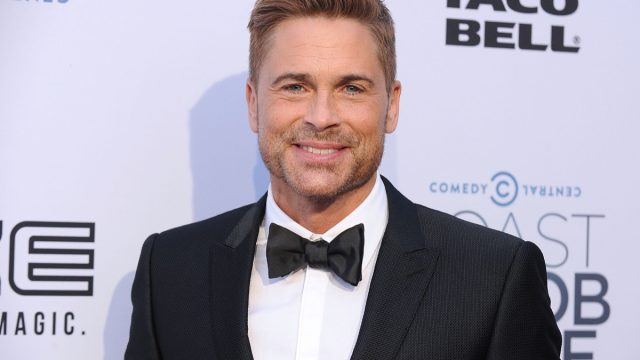 rob lowe in tux on red carpet
