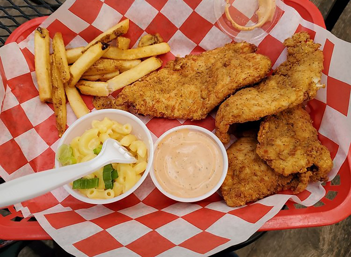 chicken tenders with mac and cheese