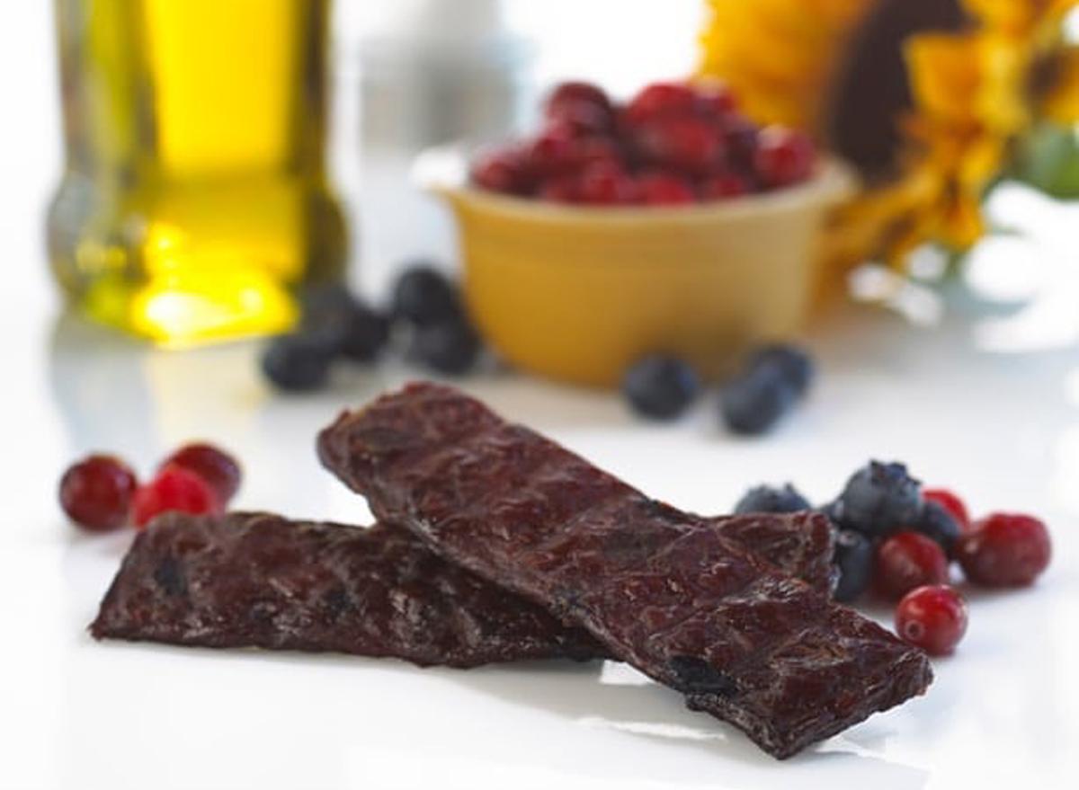 simply snackin beef jerky meat bars