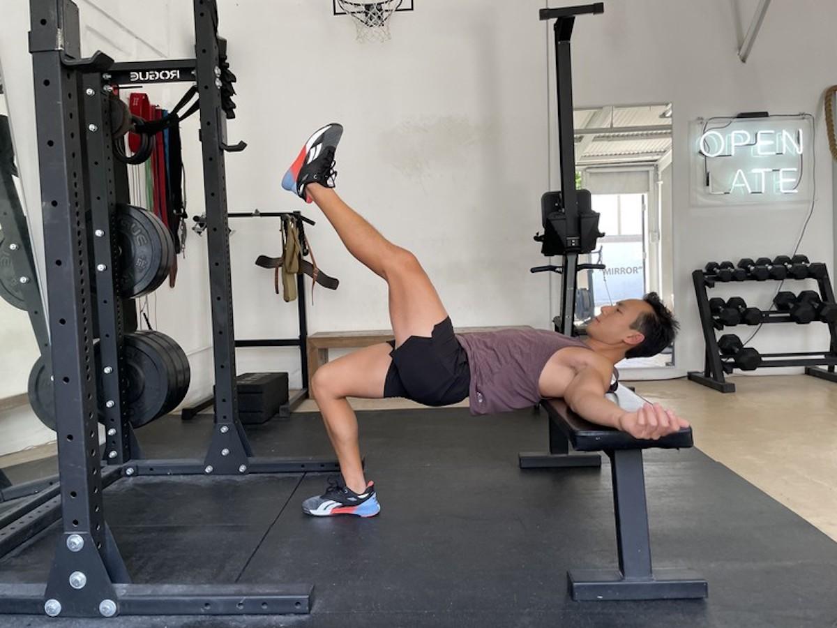 4 bodyweight single leg hip thrust