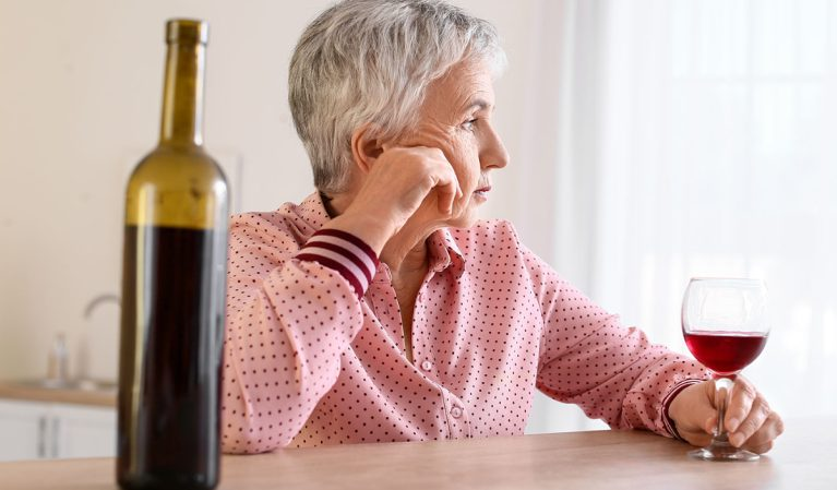One Major Side Effect Drinking Alcohol Has on Your Kidneys, Expert Says