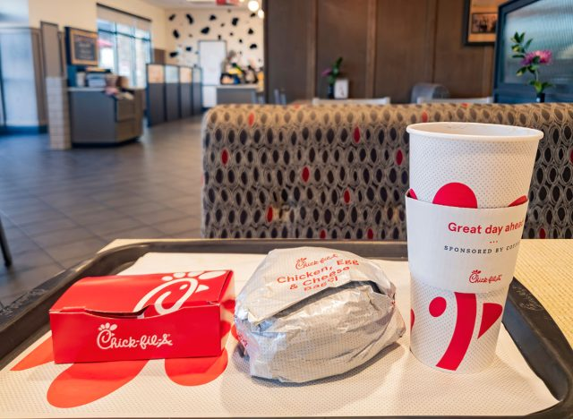 America's Third-Largest Fast-Food Chain Is Starting to Close Dining Rooms Due to Delta Variant