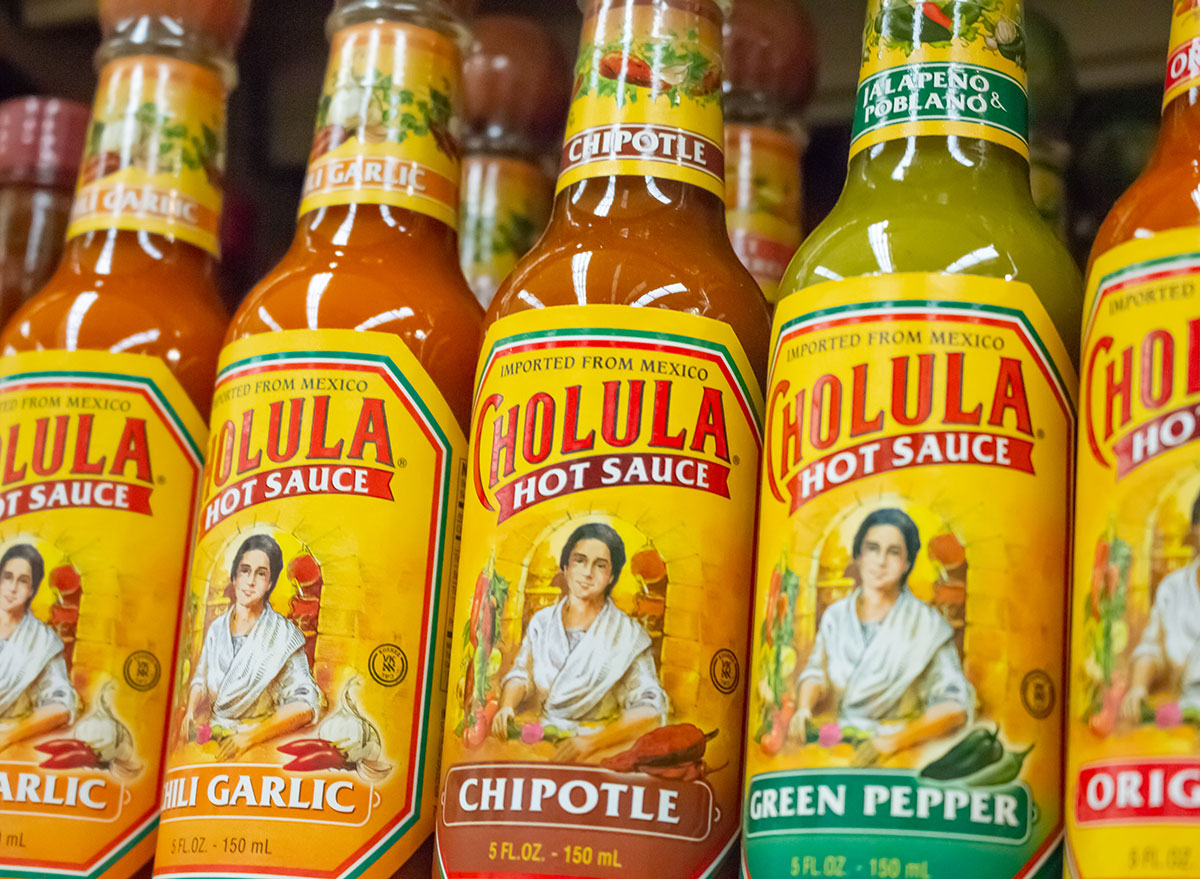 grocery store shelves cholula