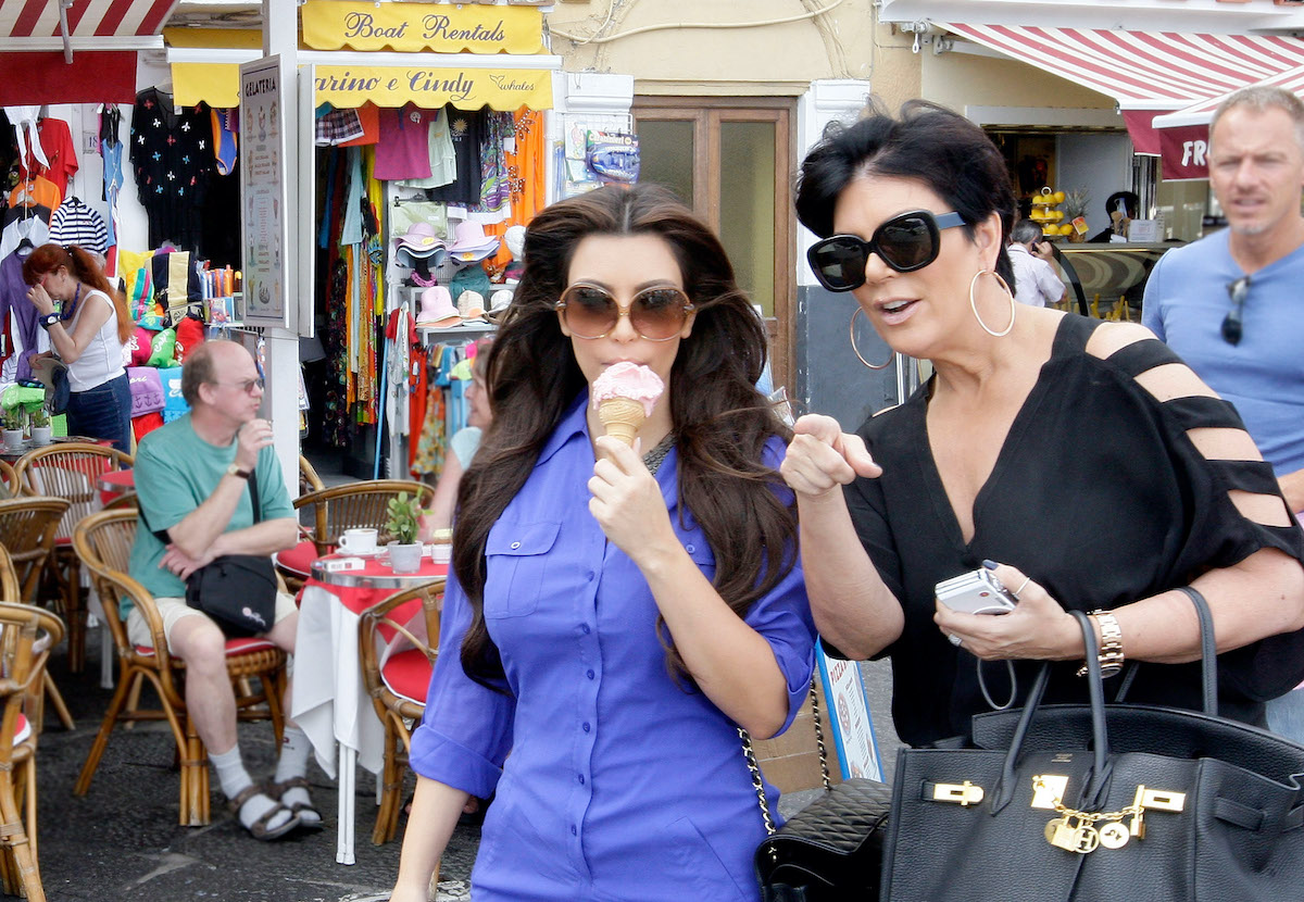 Kim and Kris Jenner eating ice cream