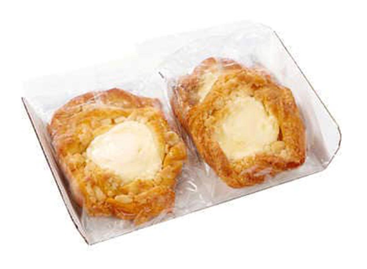 almond cream filled danish