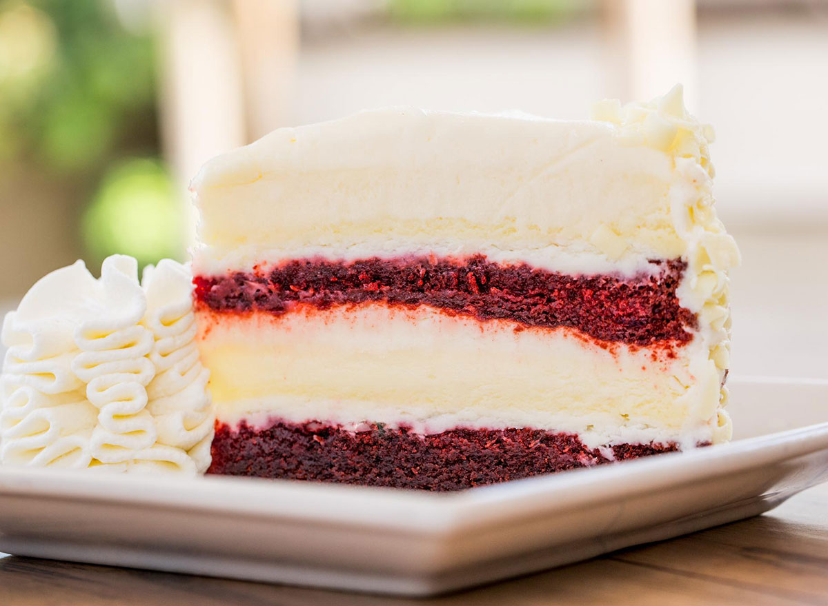 cheesecake factory ultimate red velvet