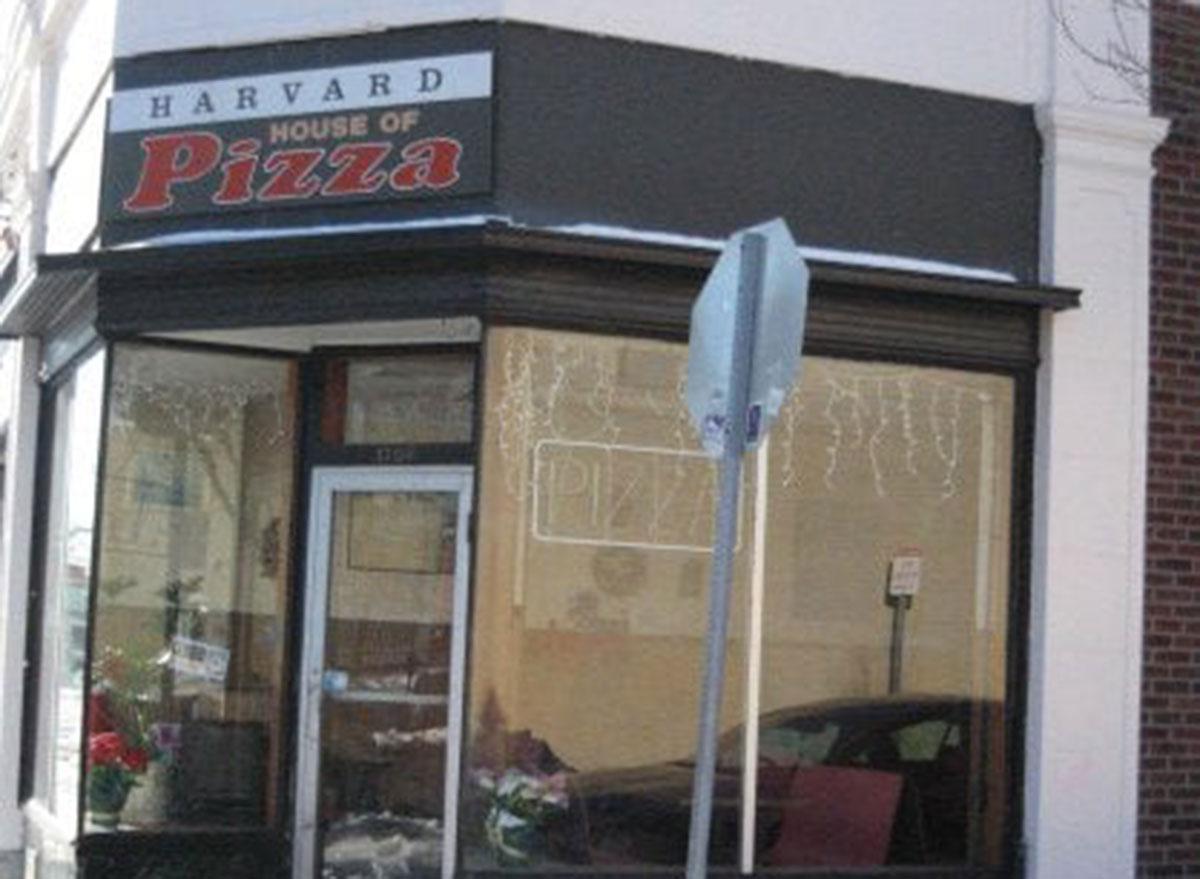 massachusetts harvard house pizza