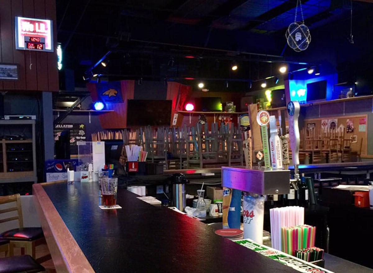 montana sting sports bar