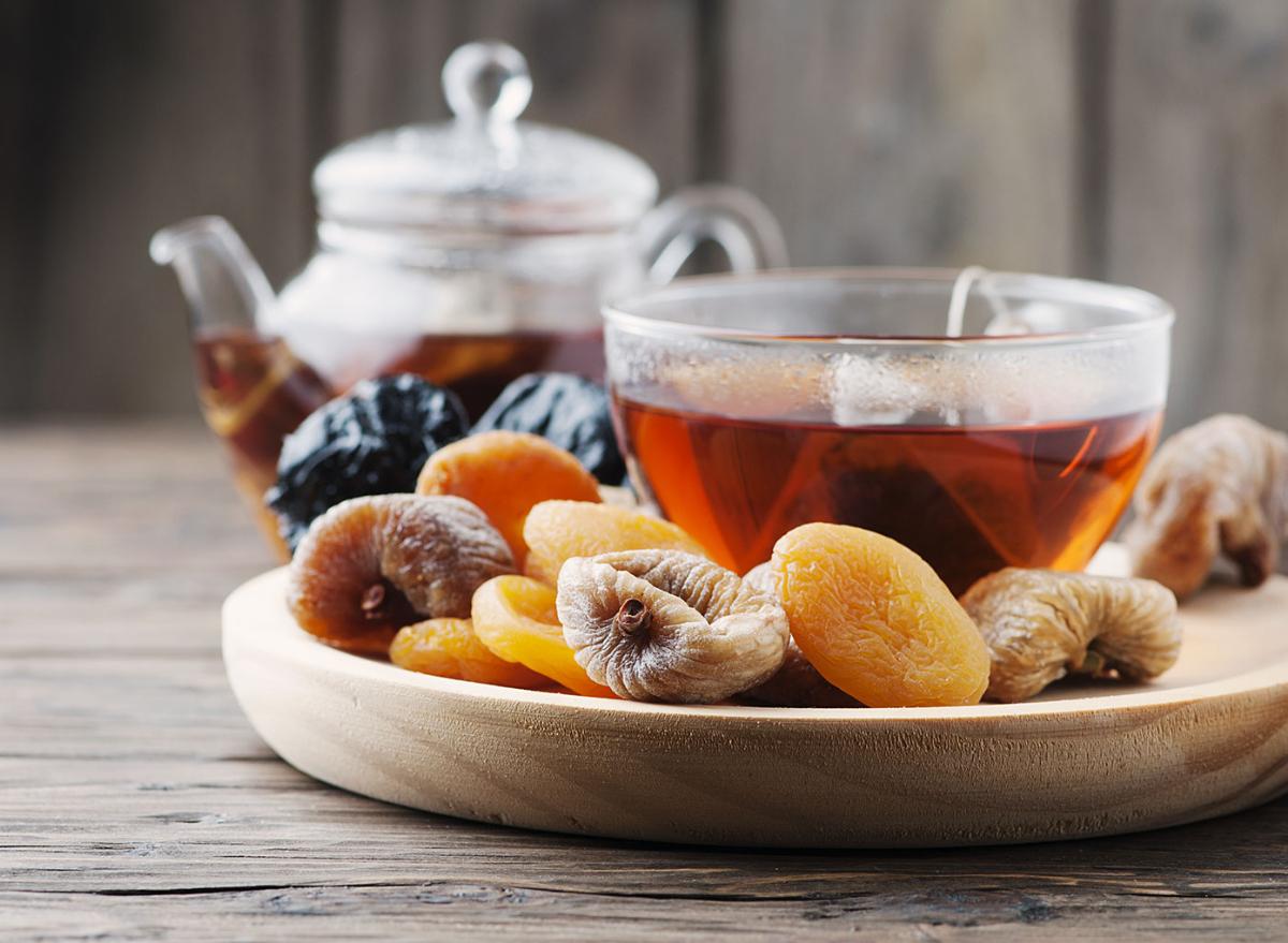 tea with fruit