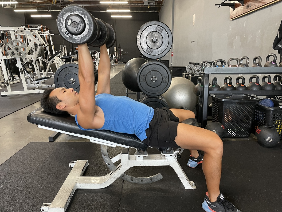 incline bench press how to