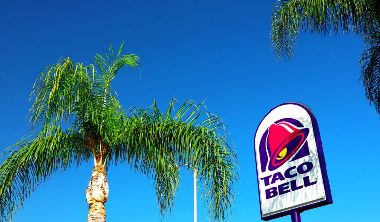 Taco Bell's New Crispy Chicken Sandwich Taco Is Getting Rave Reviews