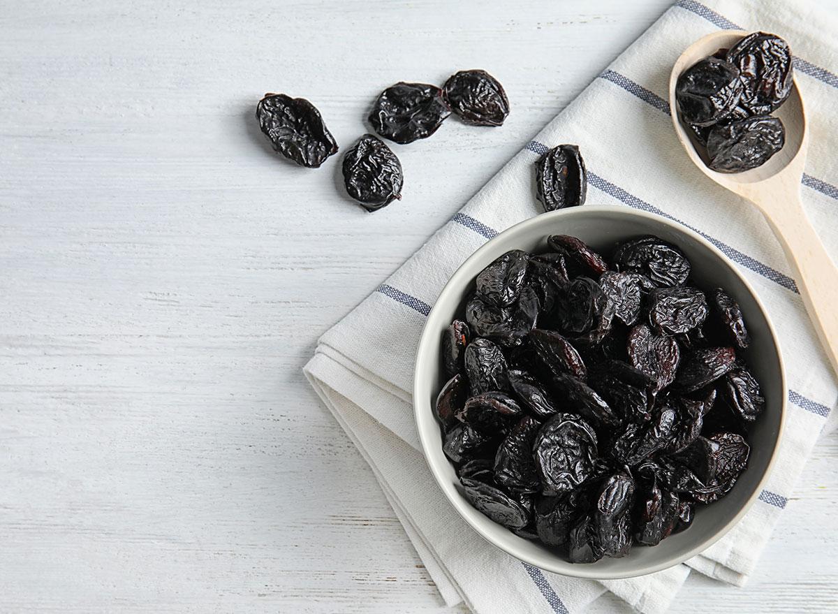 bowl prunes