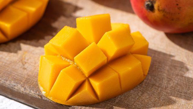 Sliced mango