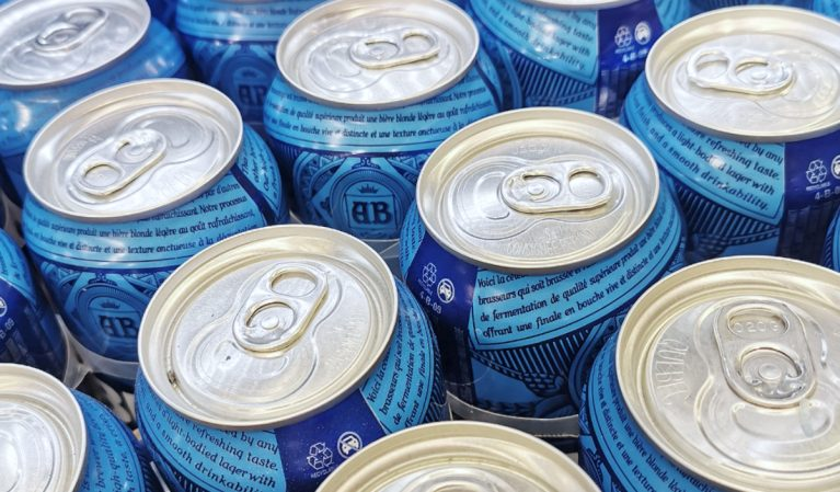 America's Biggest Brewery Just Announced the World's First Zero-Carb Beer