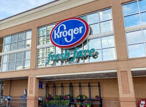 America's Biggest Grocery Chain Is About to Offer This Fast-Food Service