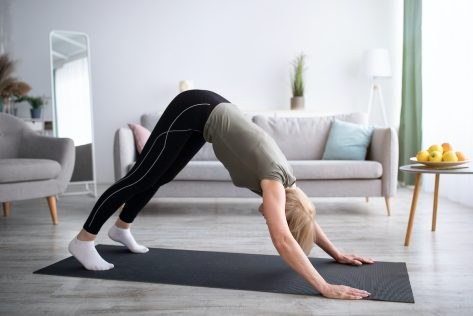 Over 60? This 10-Minute Stretching Workout Does Wonders for Your Body
