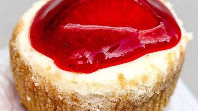 new york-eileens special cheesecak