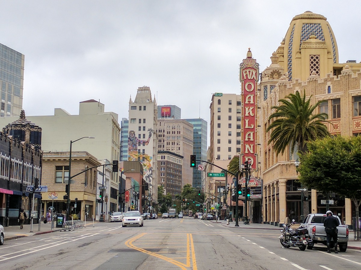 streetscape of Oakland california in daylight