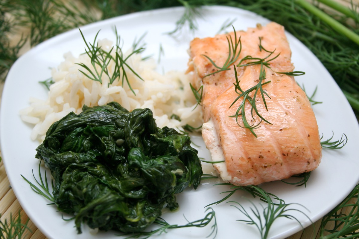 salmon with white rice and spinach