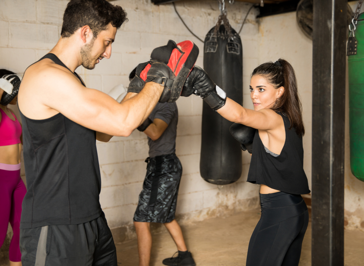 woman man boxing workout
