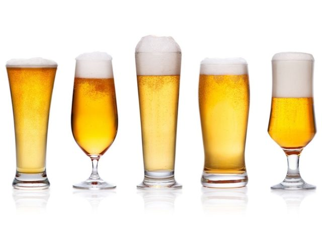 We Tasted 10 Popular Light Beers & This Is the Best