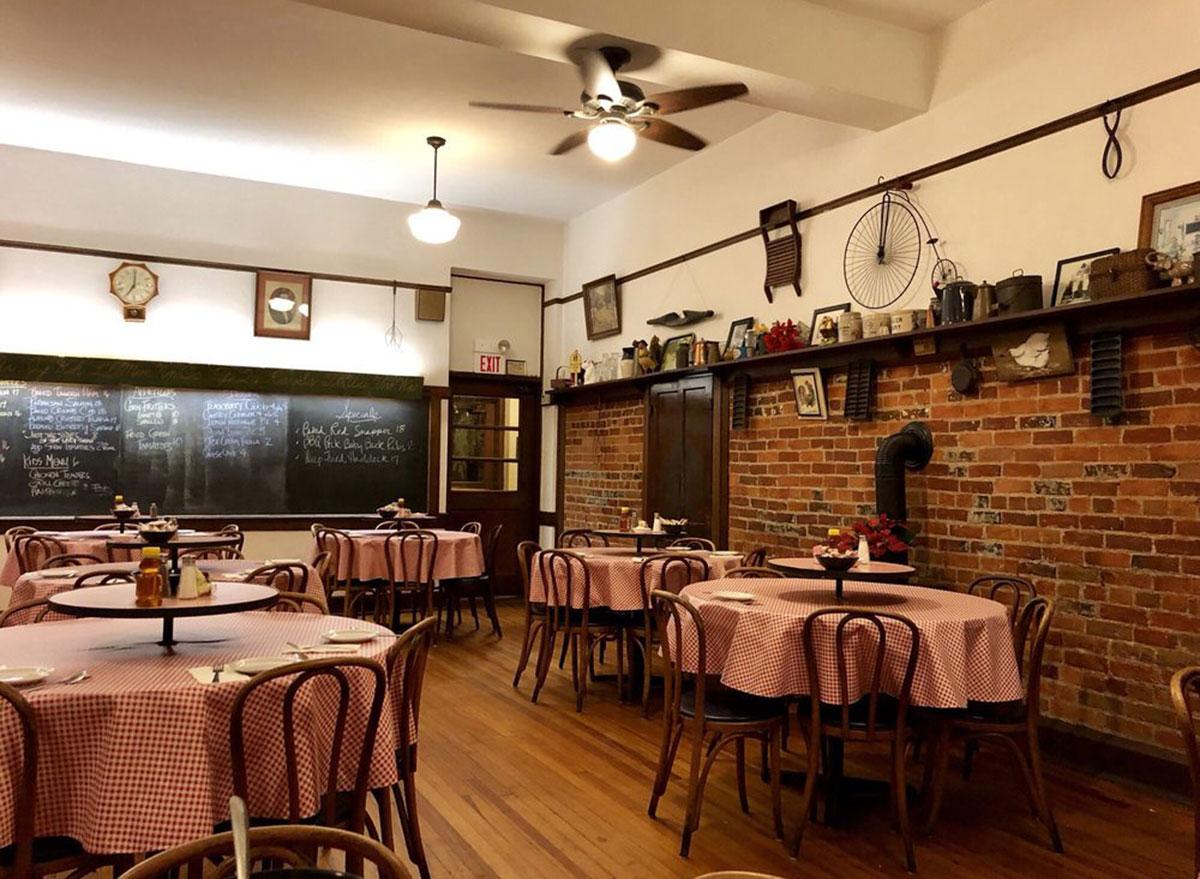 ohio the schoolhouse restaurant